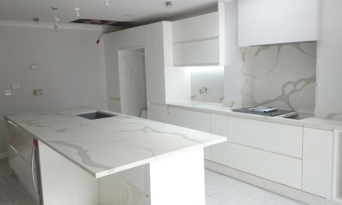 Kitchen Worktops Kitchen Worktop London - Grey kitchen white worktop